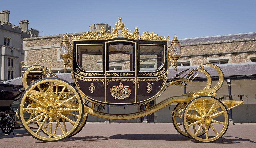diamond-jubilee-state-coach-credit-royal-collection-trust--c-her-majesty-queen-elizabeth-ii-2014