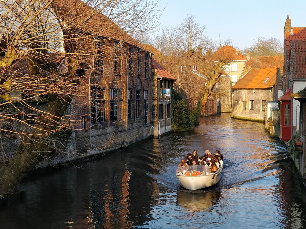 The architecture of Bruges makes you feel like you've gone back in time to 1800s' Belgium.