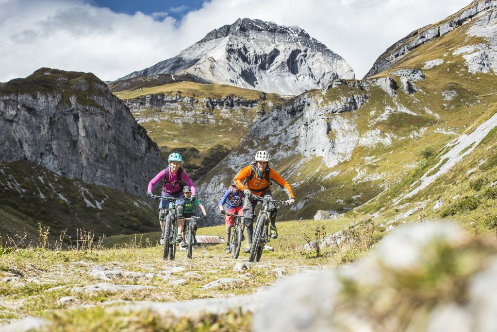 Switzerland Travel: A Lesser-Known Gem for the ultimate Swiss Alps Adventure