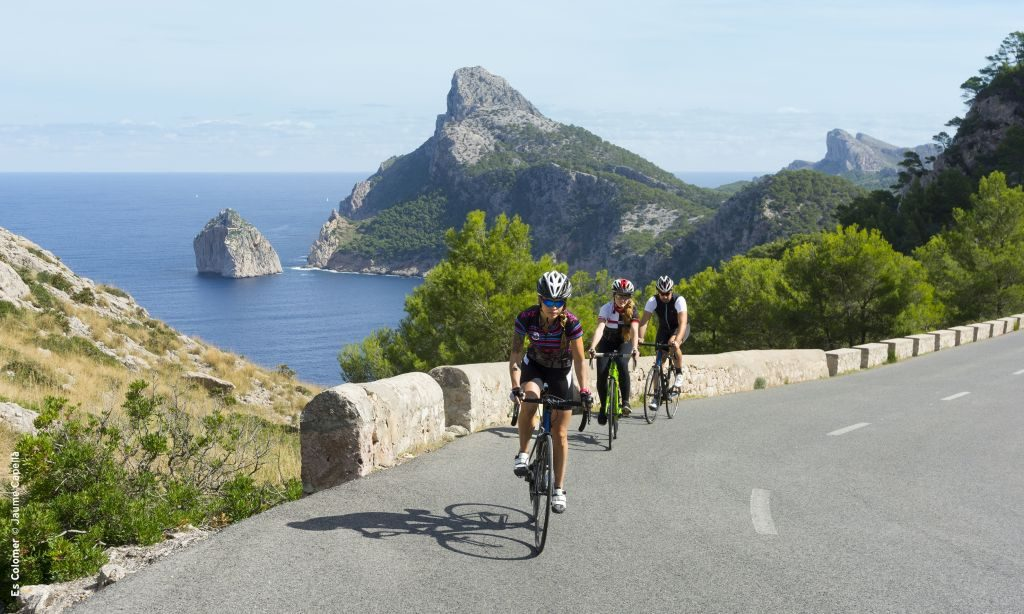 Cycling Cap de Formentor, Mallorca balearic islands Spain - 1024 x 614
