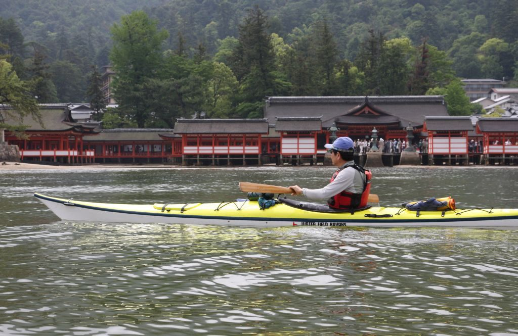 sea kayak adventure Miyajima japan