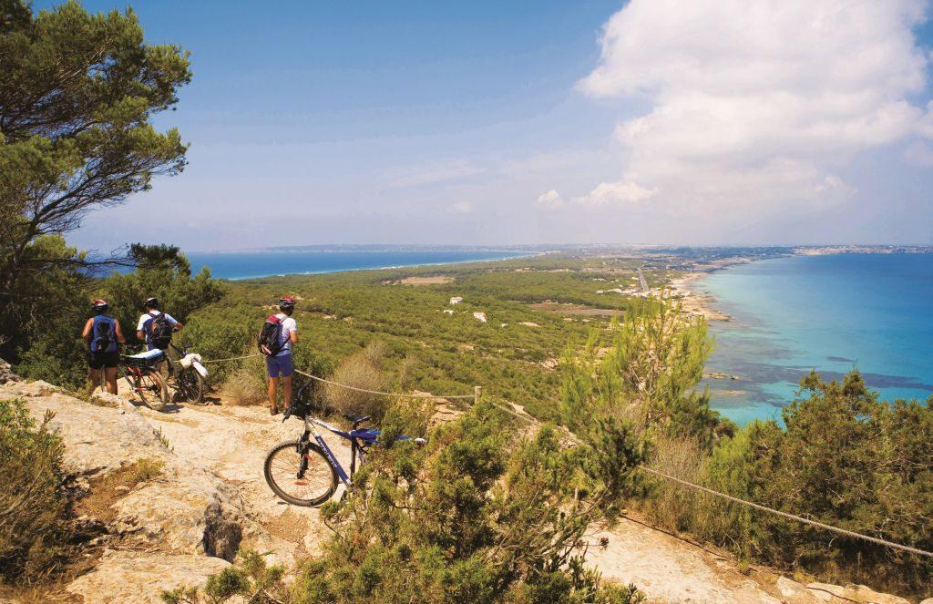 spain formentera cycling Balearic Island tourist board cami romà © jaume capellà - 1024 x 663