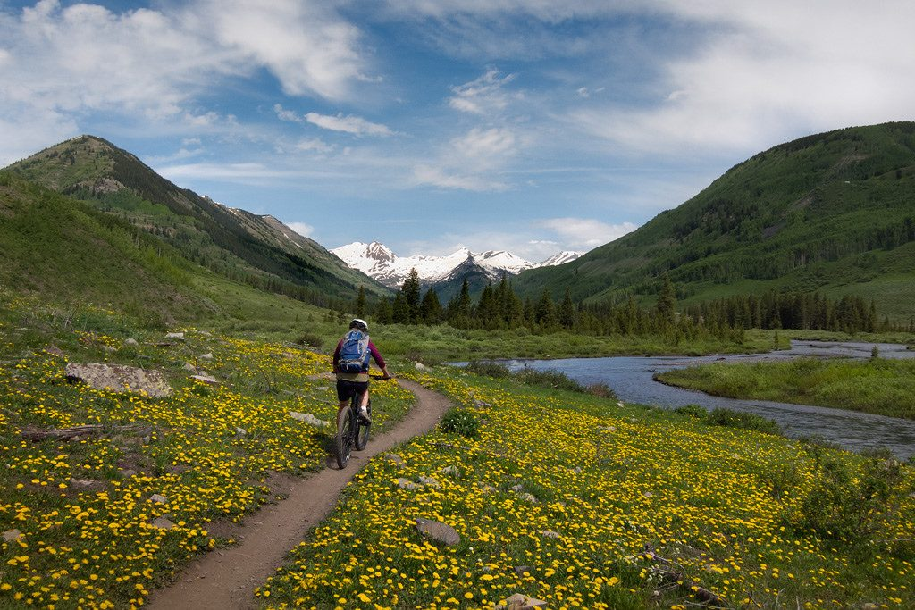 Mountain biking adventure outside Crested Butte