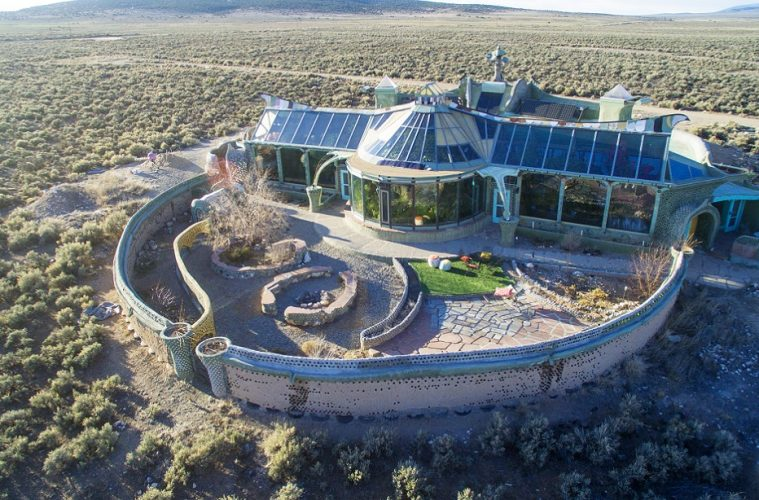 Earthship: One man turns trash to treasure with recycled materials