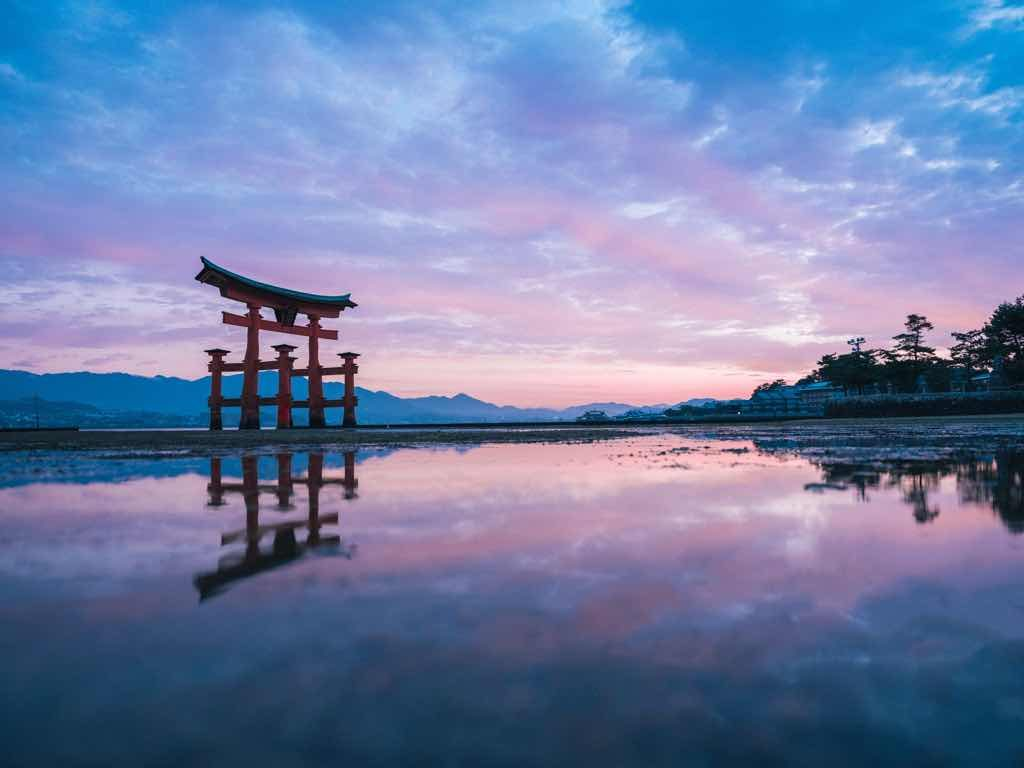 Floating torii gate, Itsukushima Shrine, Hiroshima Prefecture, Setouchi Region, Japan