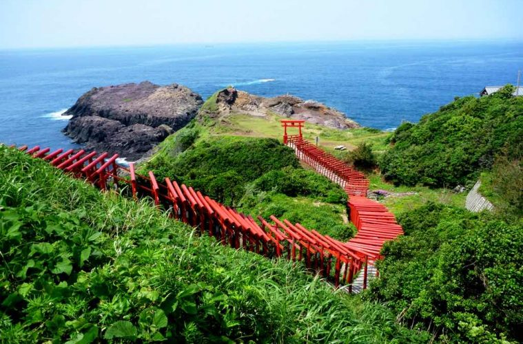 7 Stunning Shrines you must visit in Japan