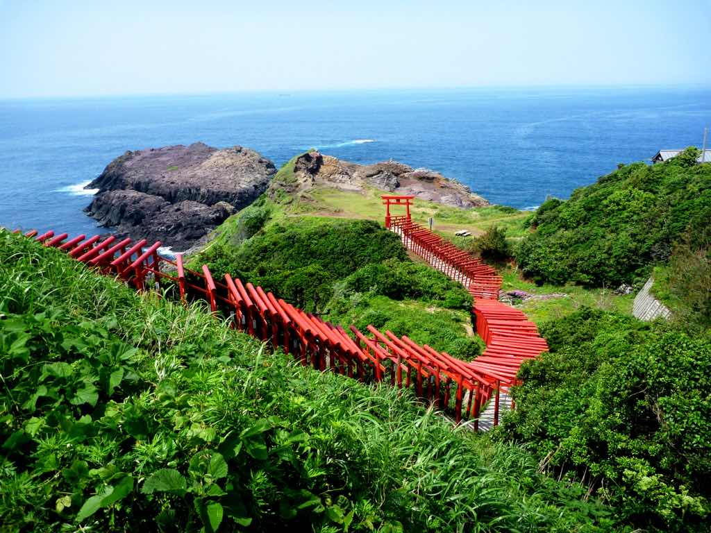 Japan Guide: 7 Stunning Shrines you must visit