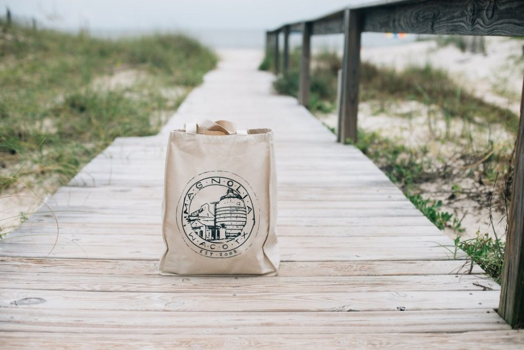 Reusable bag on the boardwalk green living
