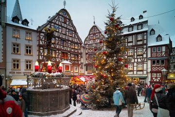 Germany Christmas market Bernkastel-Kues Photo C. Arnoldi