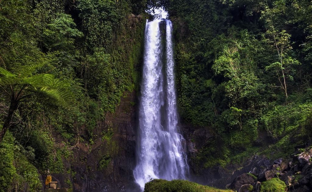 Lovina Waterfall Bali