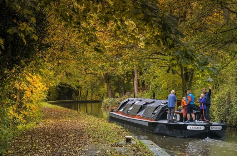 Historic Waterways: Top Spots to See Autumn Colours on your UK trip