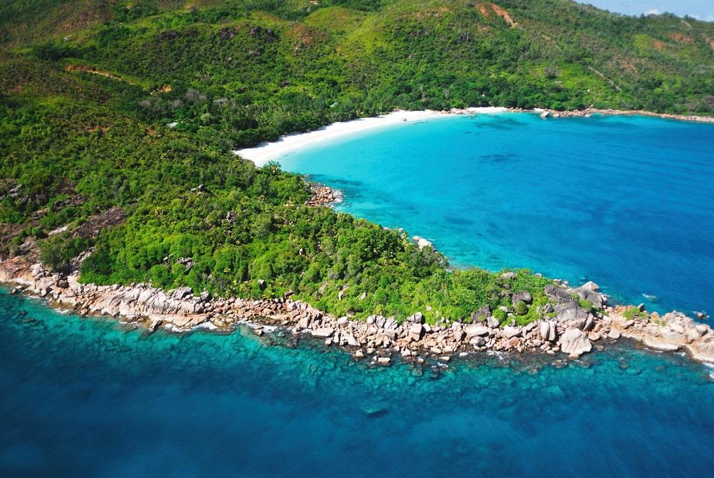 25 Best Beaches around the World