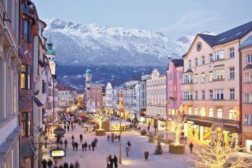 austria christmas market Innsbruck-Tourismus_Christmas Market Maria-Theresien-Street Innsbruck - best christmas markets europe