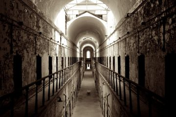 eastern state penitentiary haunted houses USA