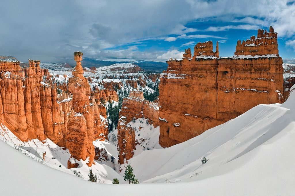 bryce-canyon-national-park-utah-winter