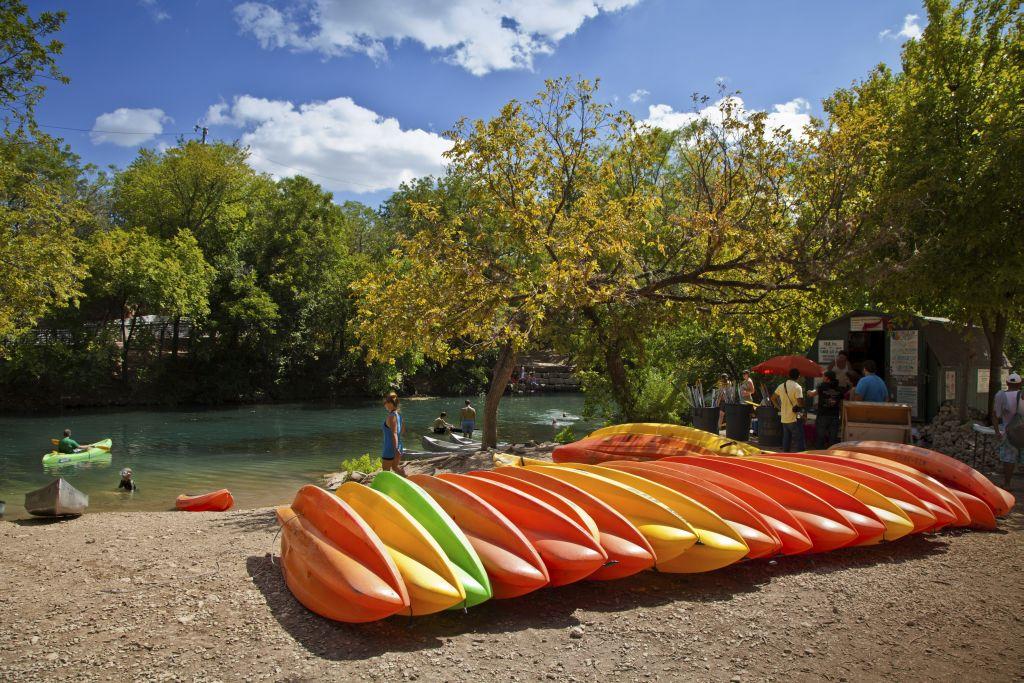 austin kayaks lady bird lake