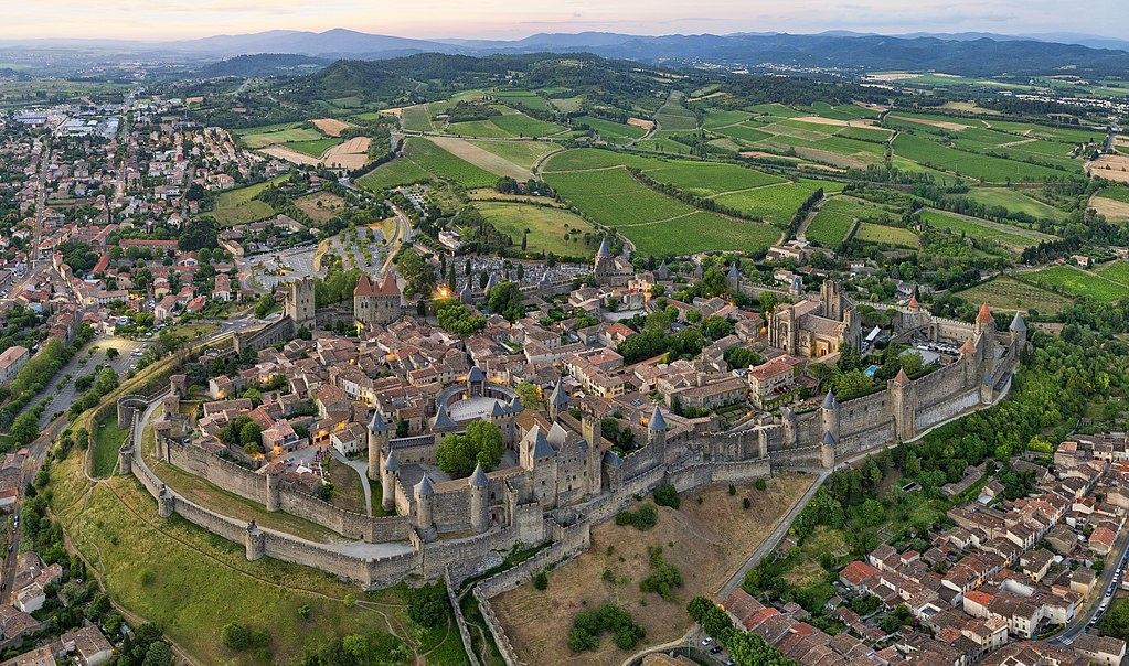 7 Most Beautiful Walled Cities in Europe | Ecophiles ecophiles.com