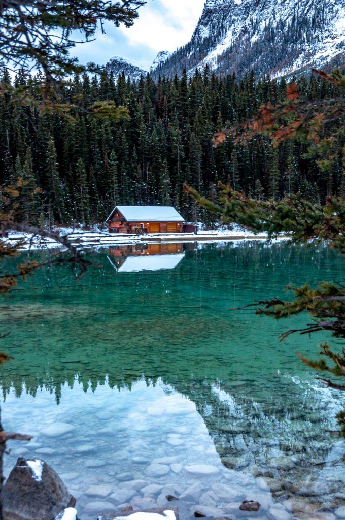 canada rockies lake agnes