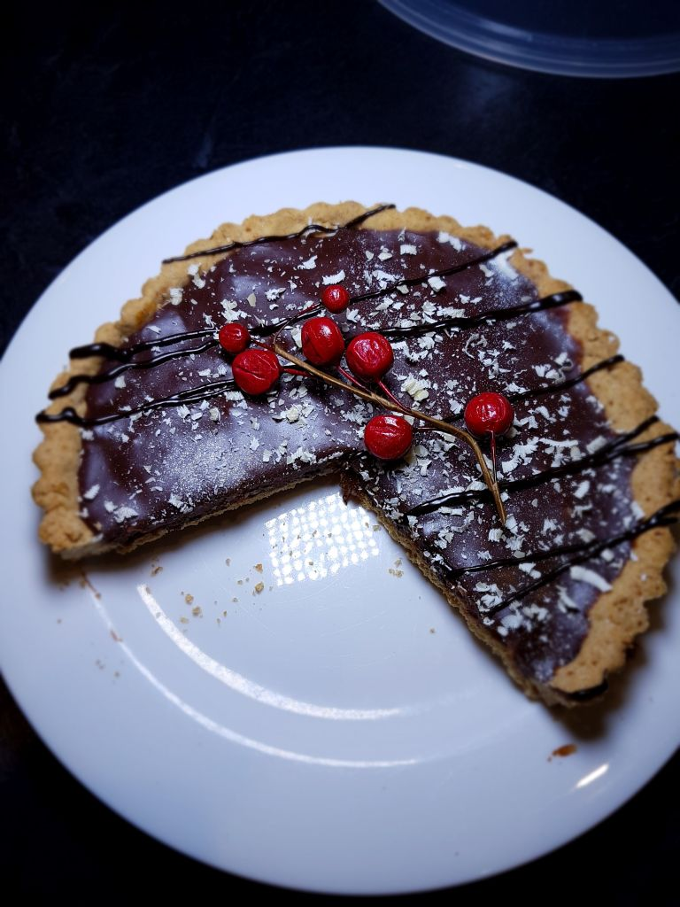 vegan christmas cherry tart