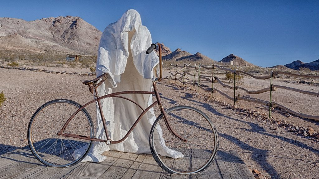 Sculpture at Goldwell Open Air Museum Rhoylite / Death Valley