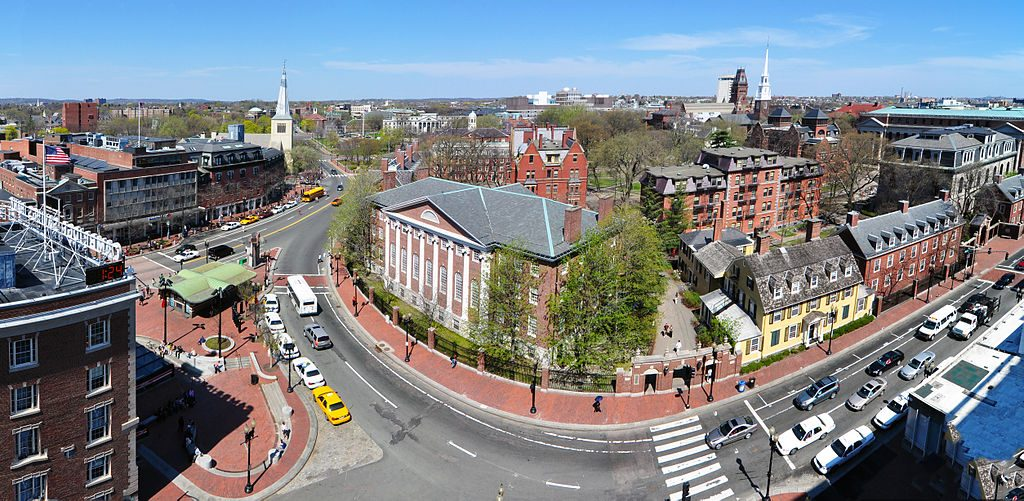 Harvard_square_harvard_yard east coast travel