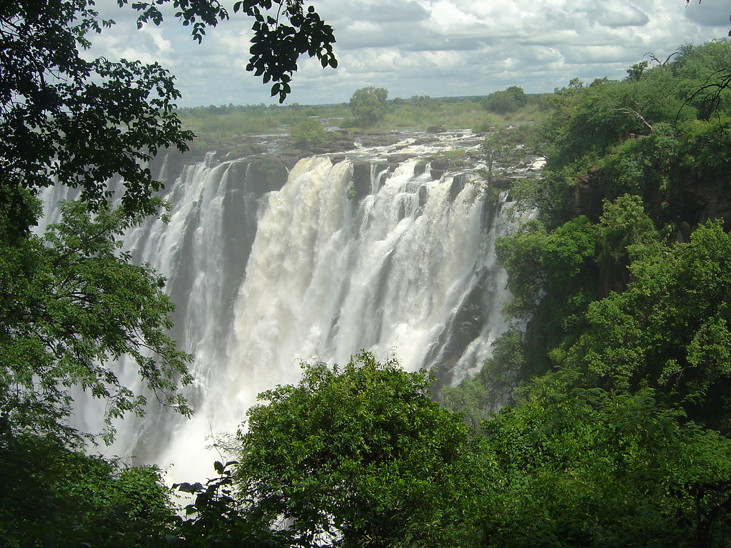 Victoria Falls - world's largest waterfall