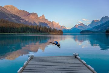 Summer nights at Maligne Lake, Jasper travel photographer Jennifer Fast