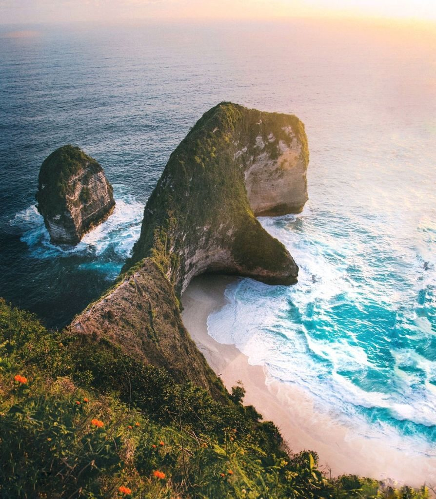 Kelingking Beach, Nusa Penida Bali travel photographer Jennifer Fast
