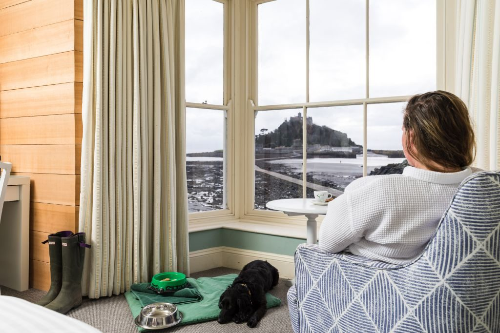 Godolphin Arms - Dog Friendly Room - credit Mike Searle - 1024 x 683