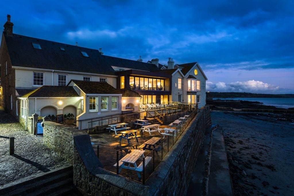 Godolphin Arms - Exterior Shot - Evening - Low tide at winter - credit Mike Searle - 1024 x 683