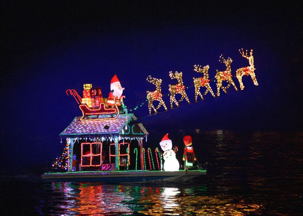 Newport Beach Christmas Boat Parade (4) - 1024 x 731
