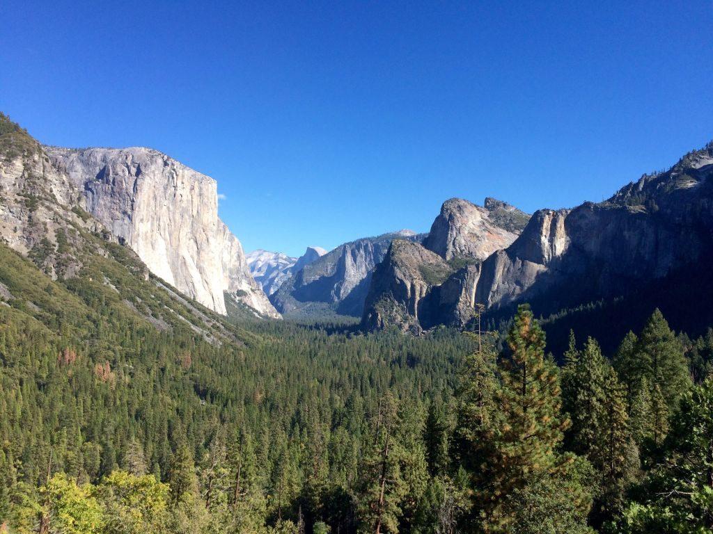 Yosemite National Park from iconic over look, rock climb yosemite