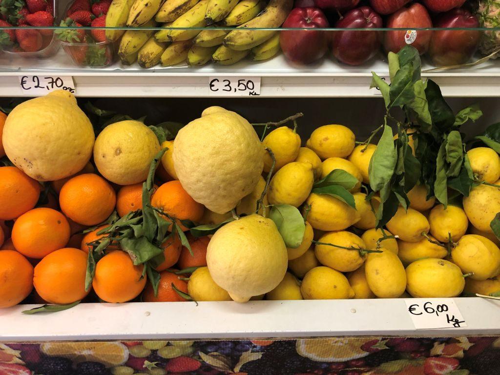 Lake Garda Holiday - Lemons