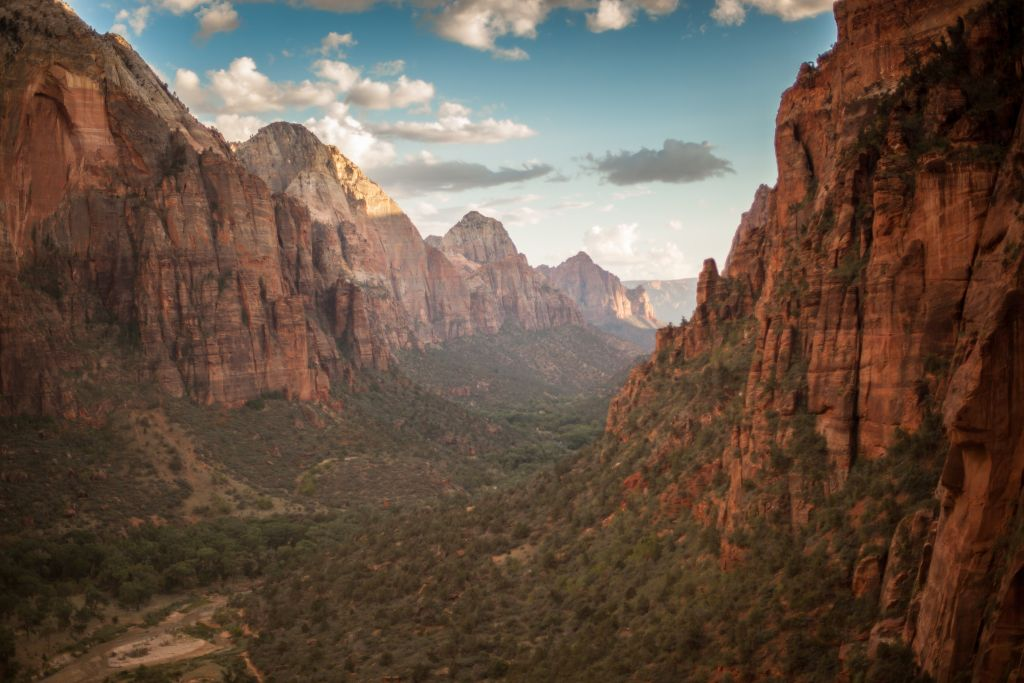 The Ultimate List of Jaw Dropping Rock Climbing Destinations - Ecophiles