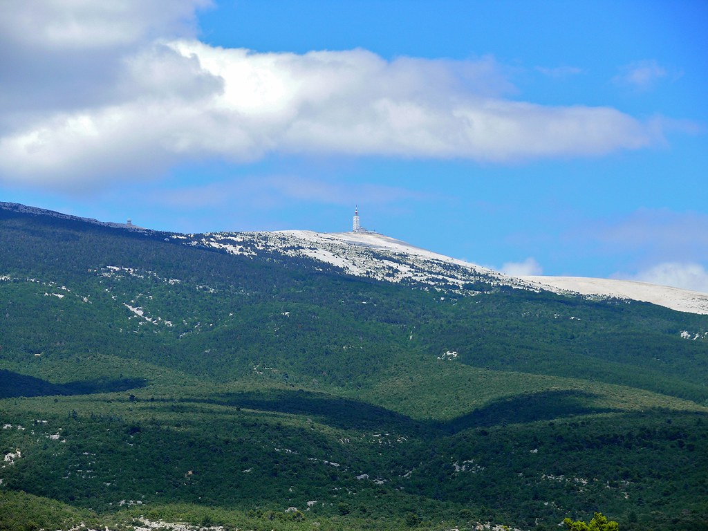 mont ventoux france best cycling routes
