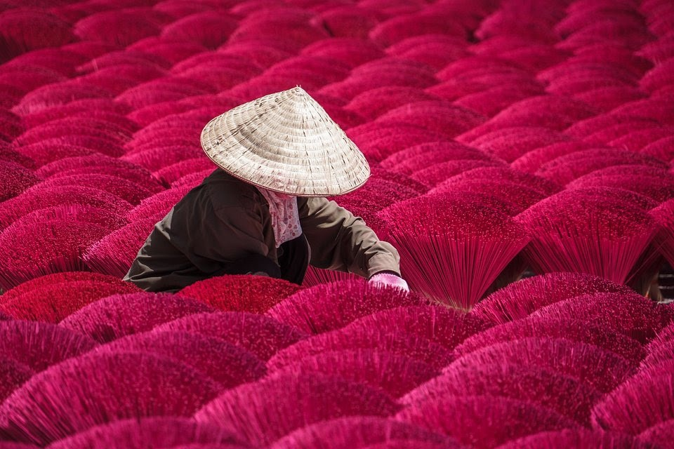 Incense Sticks Making vietnam best photos of people at work